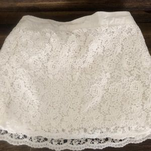 ABERCROMBIE & FITCH lace mini skirt